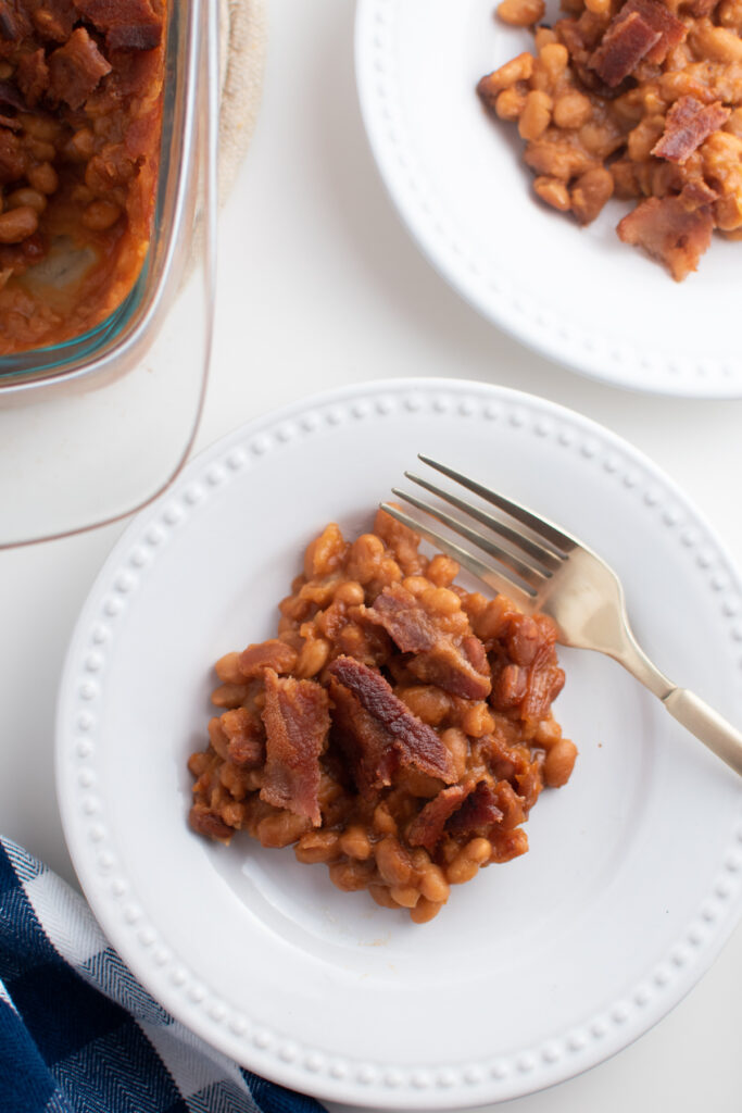 Baked beans with canned beans.