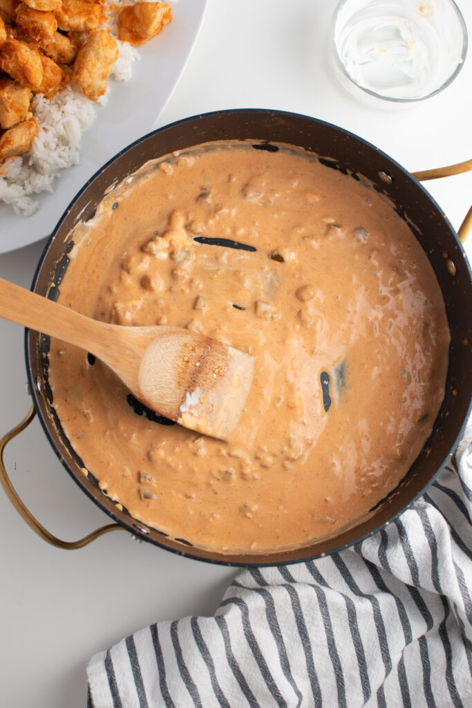 Creamy picante sauce in large skillet.